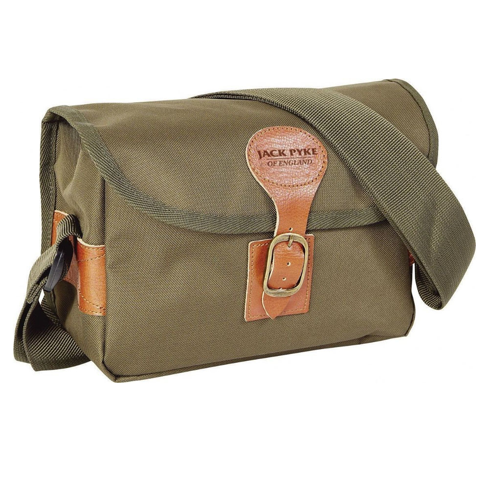 CARTRIDGE BAG BY JACK PYKE In Green
