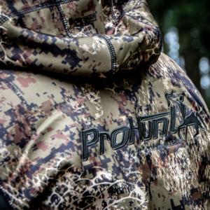 verney carron wolf jacket back logo