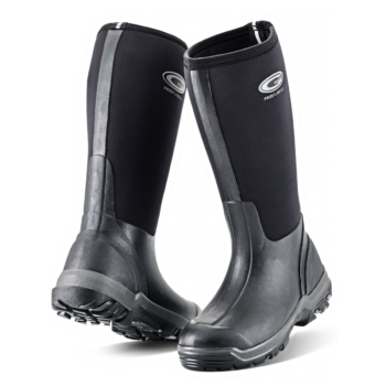 grubs frostline in black wellies
